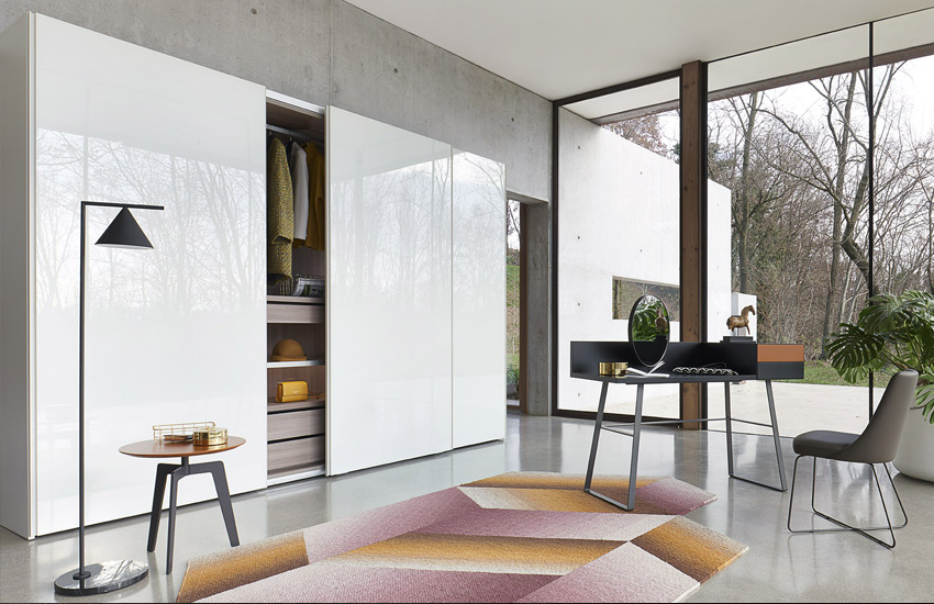 Sangiacomo sliding door for Lenzi arredamenti